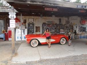 Hackberry - Route 66 - 1957 Chevrolet Corvette