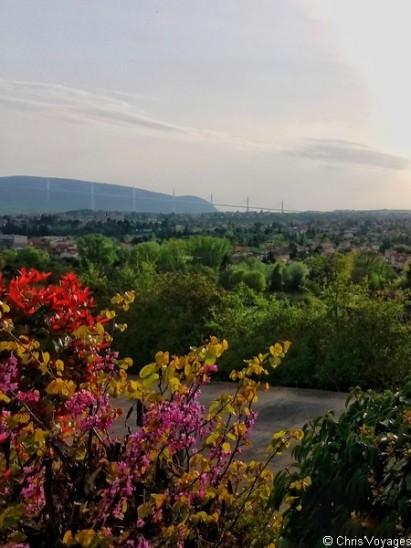 Vue du domaine de St Estève à Millau en Aveyron